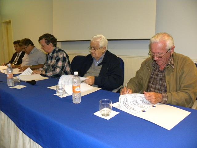 Simespi e Sindicato assinaram aditivo à Convenção Coletiva