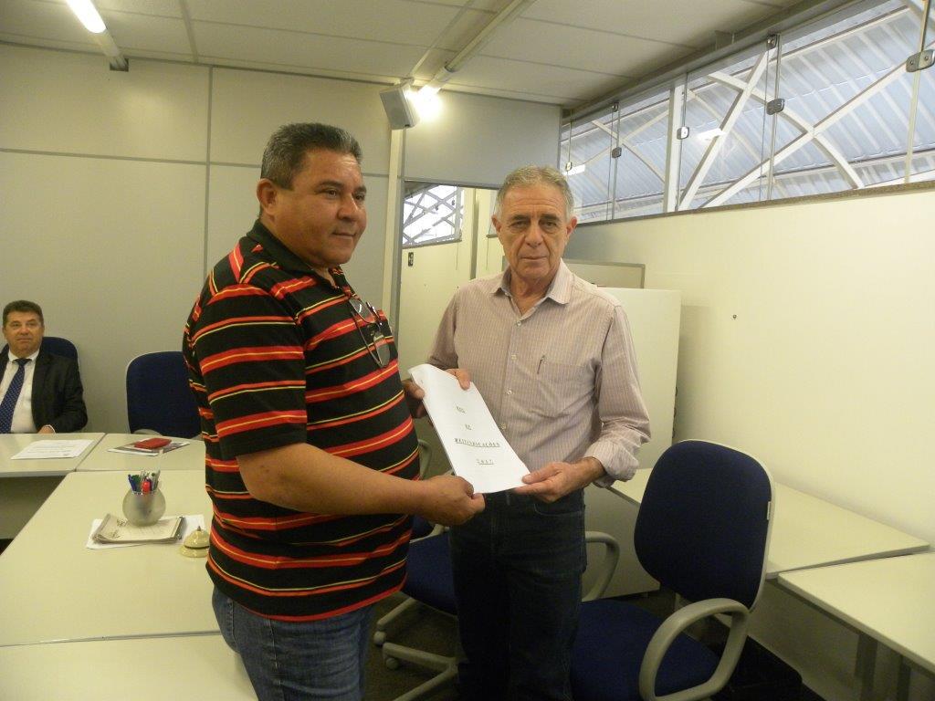 Simespi recebe Pauta de Reivindicações e marca assembleia com empresas
