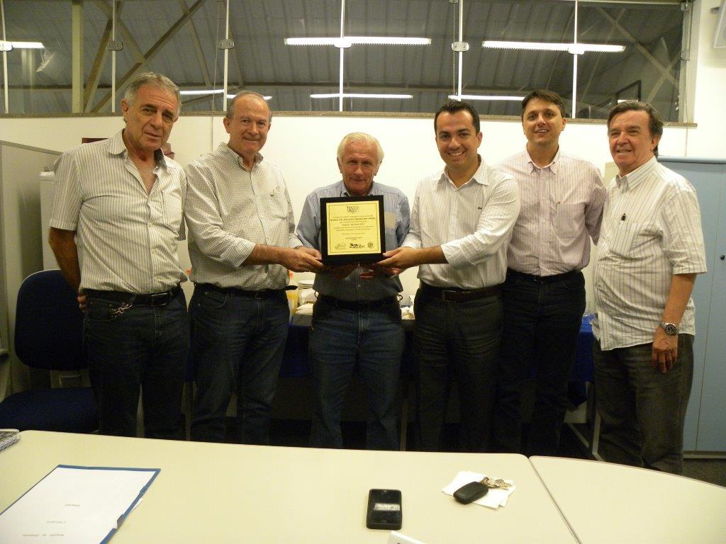 Simespi homenageia IMF Brasil pela conquista do prêmio Exporta, SP