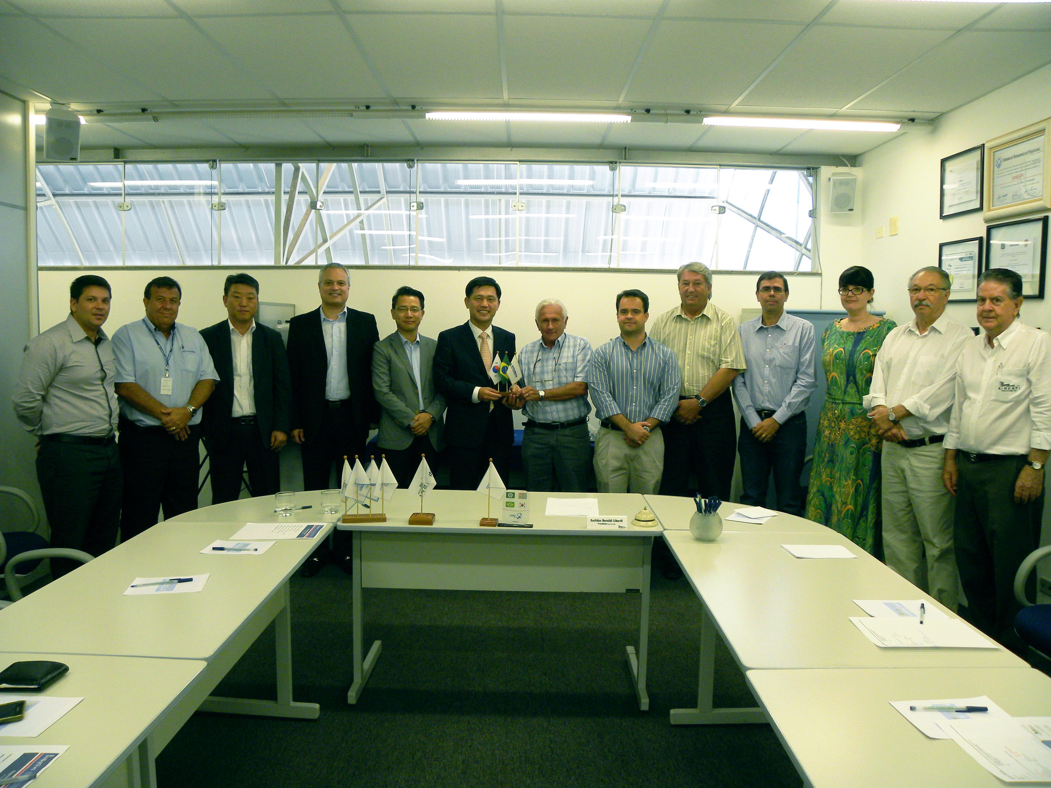 Presidente da Hyundai Brasil destaca importância do Simespi nas estratégias da unidade piracicabana
