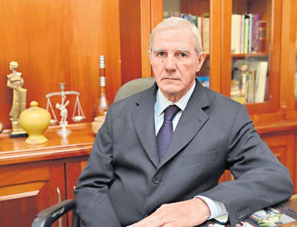 Luiz Antonio Lazarim palestra sobre Terceirização