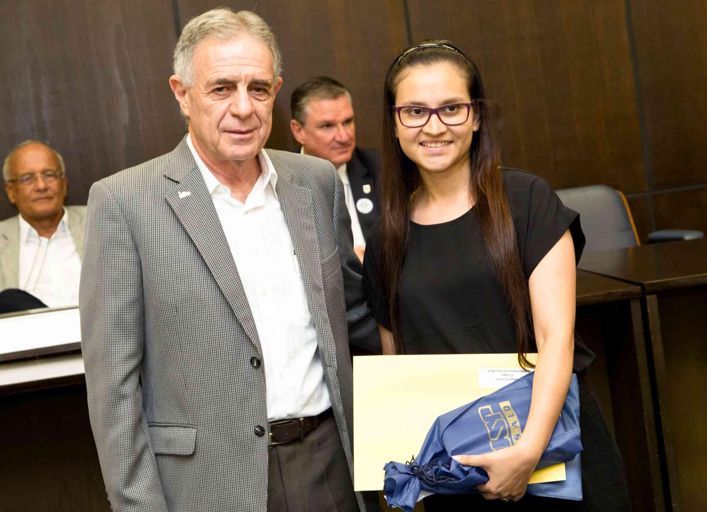 Presidente entrega Prêmio Ciência para a Paz