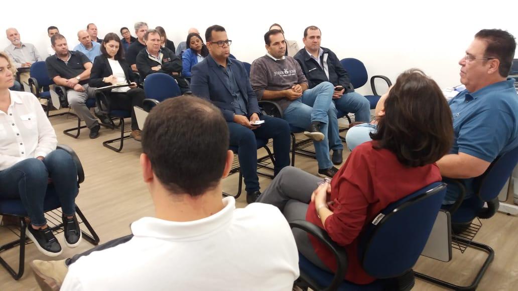 CSTS realiza reunião sobre reabilitação profissional